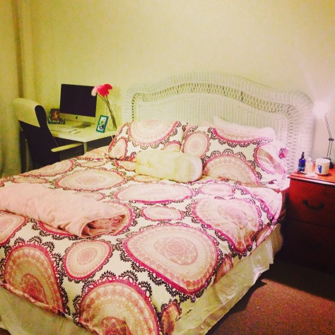I re-arranged my room to include some work space and got this cute new bedding from Ikea!