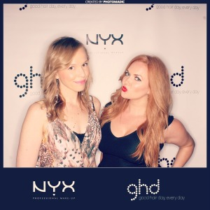 Me with Molly aka Girl Get Glamorous in the GHD Photo Booth at the NYXFACEAWARDS 2014