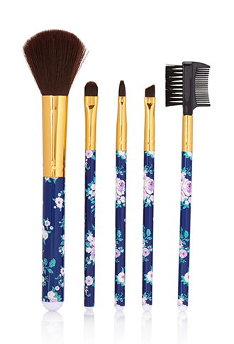 Forever 21 Rose Cosmetics Brush Set. In case you were confused, I use the one on the far left to apply blush (even to my eyes!).